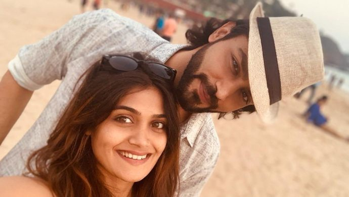 Love Birds Isha Keskar And Rishi Saxena Share Adorable Selfies On Completing 3 Years Of Their Relationship