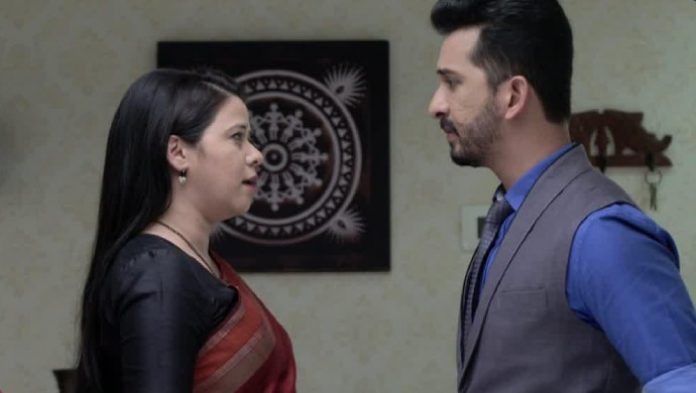 Mazhya Navryachi Bayko: Is Radhika And Gurunath's Fight Over Radhika Masale A Battle Of Egos Or A Run For Money?