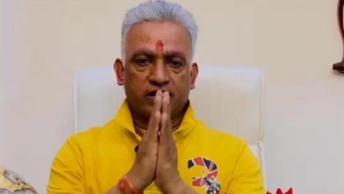 International Spiritual Guru, Dr Prakash Indian Tata, Prays For Bachchan Family's Speedy Recovery