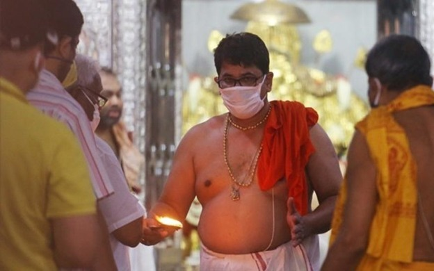 Devotees Get Masks Instead Of Prasad At Ahmedabad Temples