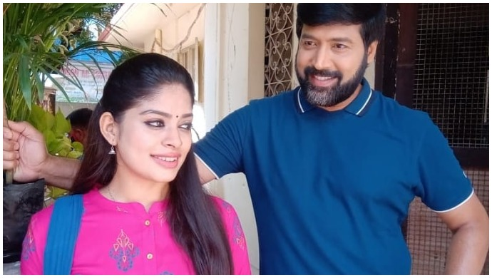 Neethane Enthan Ponvasantham: These Pics Of Jai Akash And Dharshana From The Sets Is Sure To Send Fans Into A Tizzy