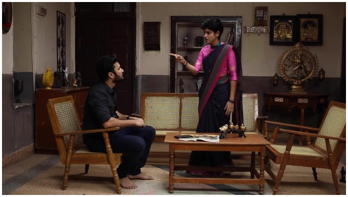 Spoiler Alert: Sathya Threatens To Kill Herself If Prabhu Doesn't Leave Her Alone