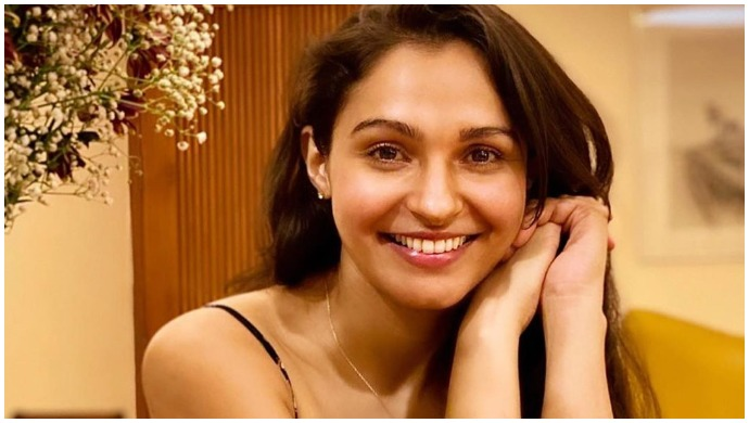 Andrea Jeremiah Is Pampering Herself, Shares DIY Orange Peel Face Pack