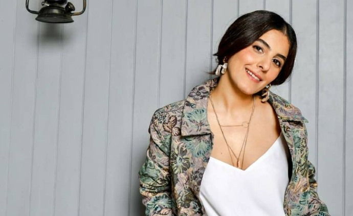 Wow Wednesday: #5 Stunning Outfits To Copy From Crossroad Star Isha Talwar