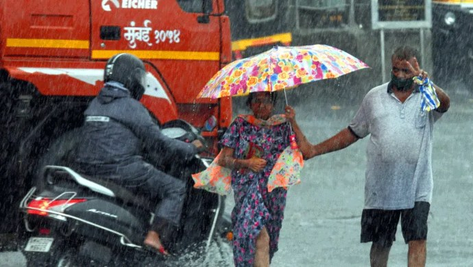 Mumbai Rains: 60-Year-Old Woman Stood In Water For 7 Hours To Alert People