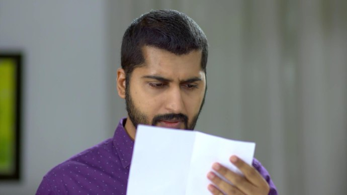 Pookalam Varavayi 19 August 2020 Spoiler: What is Abhimanyu searching for so desperately in his office?