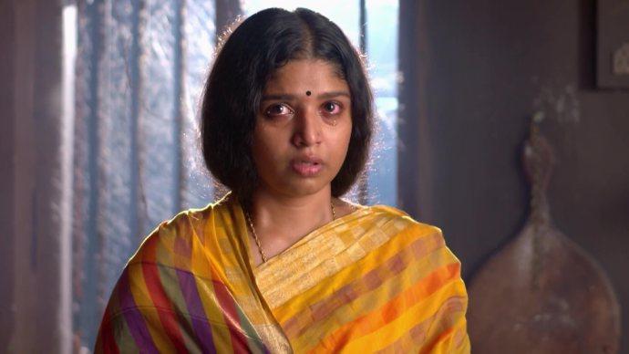 Anand saves Kalyani (Source:ZEE5)