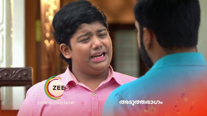 Aniyankuttan complains to Anand (source:ZEE5)