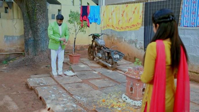 Jothe Jotheyali: See How Anu And Arya Celebrate Krishna Janmashtami