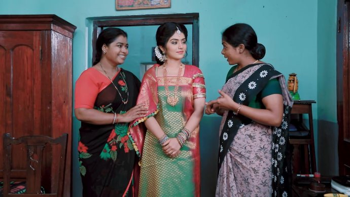 Jothe Jotheyali: Check Out What Anu Does To Make Up To Arya