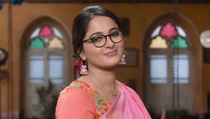 Body Image Issues? Anushka Shetty Busts Myths With A Crisp Answer In Size Zero