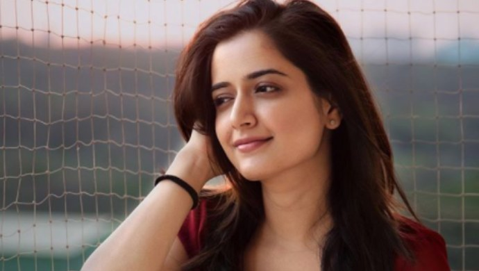 Take These 5 Tiny Steps Like Ashika Ranganath And Stay Fit During Lockdown