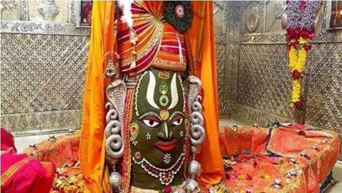 Devotees Gather To Tie Rakhi To Baba Mahakal In Ujjain, MP