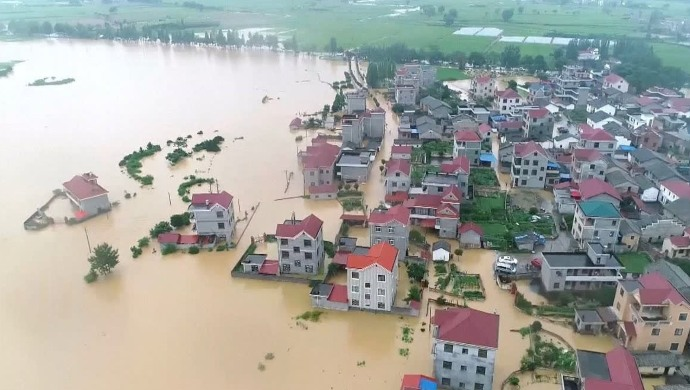 China Floods: Over 2.3 Million Companies Shut Down