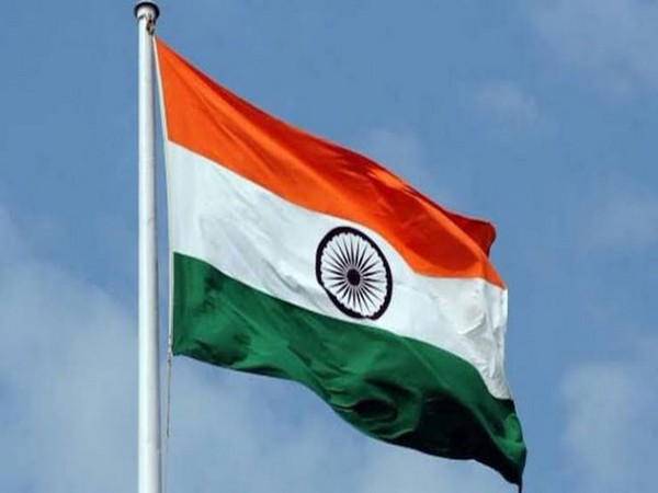 Salman Khan, Sanjay Dutt, others wish fans on Independence Day