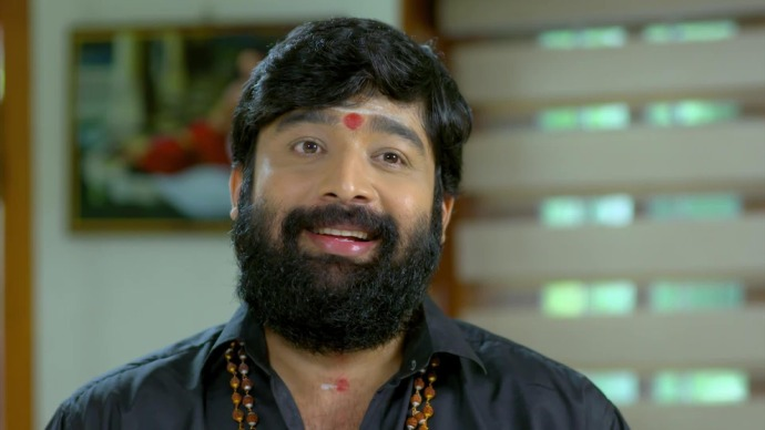 Harshan's questions irritates Abhimanyu (source:ZEE5)