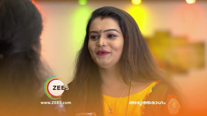 Jayanthi tries to make Kalyani drink the spiked juice (source:ZEE5)