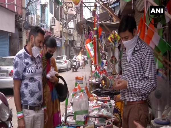 I-Day 2020: COVID-19 dents sale of kites, flags in Delhi