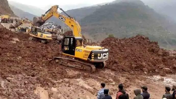 Landslide On Mumbai's Western Express Highway Disrupts Traffic