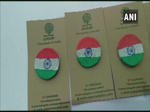 Mangaluru-based man creates environment friendly tri-colour badges for I-Day
