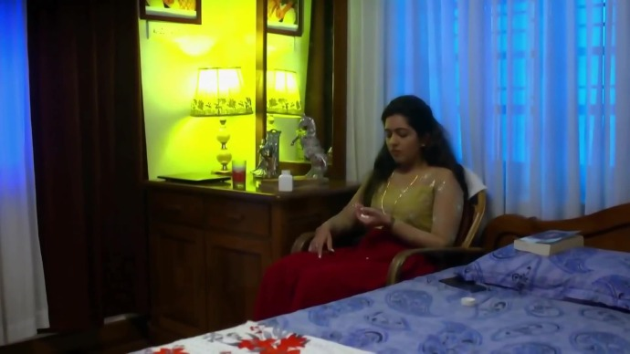 Nandana takes the pills to commit suicide (source:ZEE5)