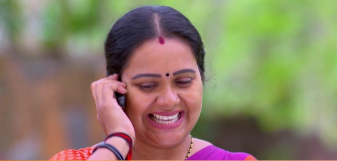 Parvathy from Pookalam Varavayi (source:ZEE5))