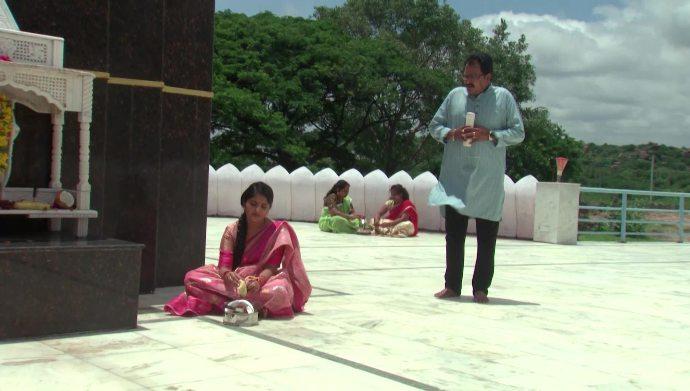 Prasad and Janaki in Kalyana Vaibhogam
