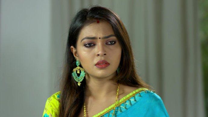 Samyuktha gets emotional (source;zee5)