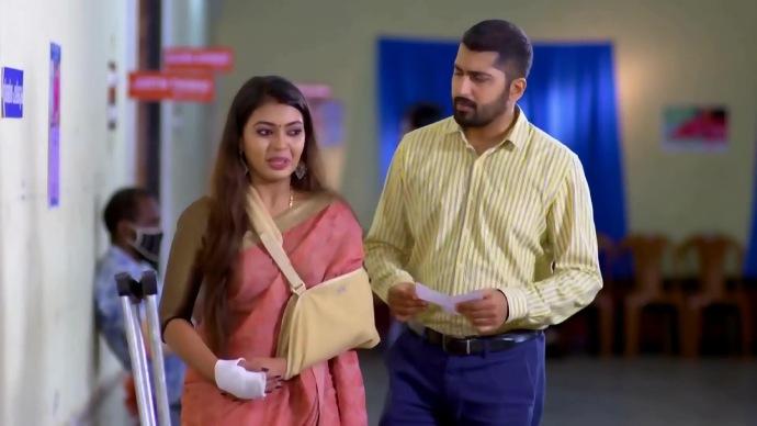 Pookalam Varavayi Spoiler Alert: Abhimanyu Learns About Samyuktha's Fake Injury