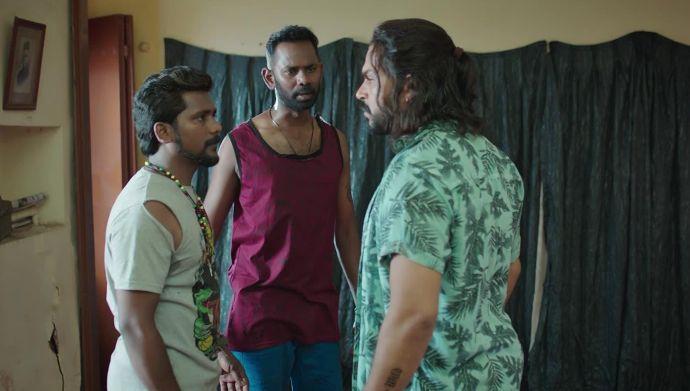 Sarva and his men in Donga