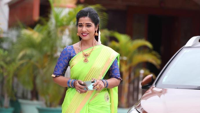 Sembaruthi 20 August 2020 Spoiler: Akhila to leave the city?