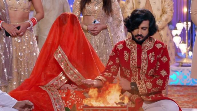 Stills From The Sets Of Kundali Bhagya Reveal Karan And Preeta Marry Again