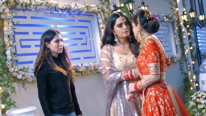 Still from Kundali Bhagya with Preeta and Sherlyn
