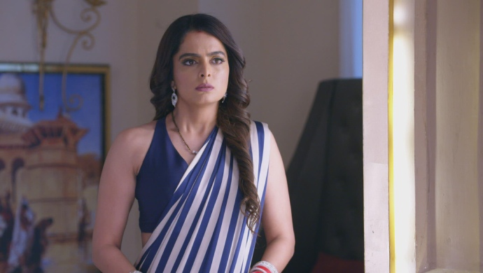 Kundali Bhagya 5 November 2019 Preview: Sherlyn Finds Karan And Preeta Holding Hands - ZEE5 News