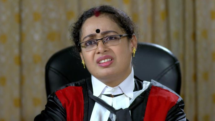The judge expresses her concerns (source:ZEE5)