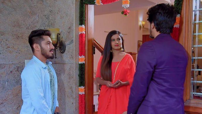 Naagini 2: Shivani Caught In A Love Triangle