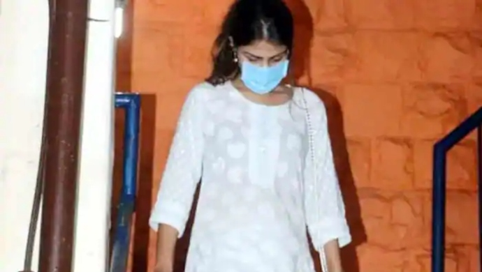 "Sushant Singh Rajput Case: Why Did Rhea Chakraborty Say ""Sorry Babu""?"