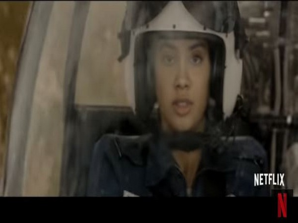 Janhvi Kapoor Drops Breathtaking Trailer Of Gunjan Saxena The Kargil Girl Zee5 News