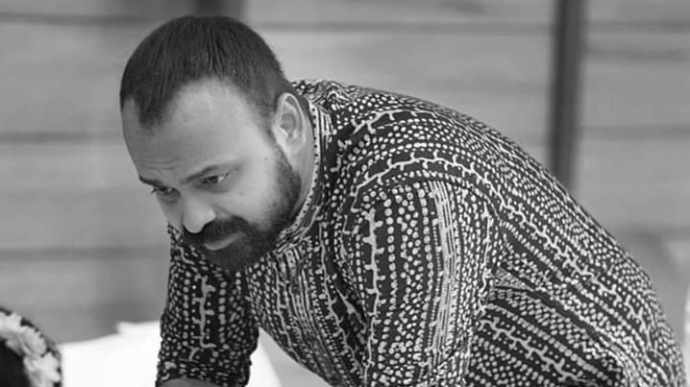 Who's there with Kunchacko Boban in this fun video? Find out!