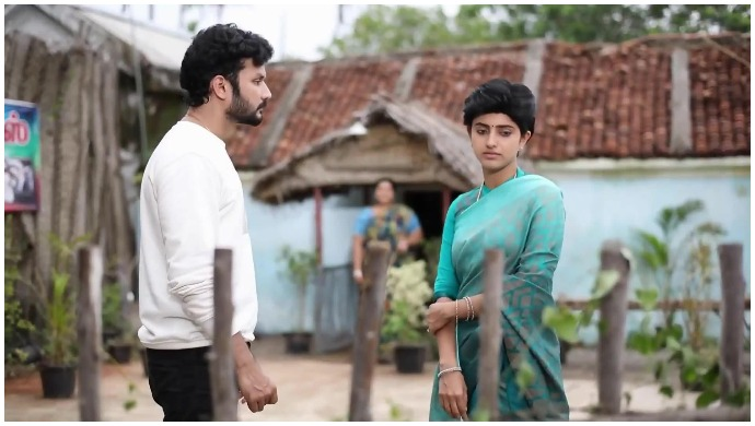 Sathya – Oru Oorula Oru Rajakumari Mahasangamam: Sathya Throws Coffee At Kanmani's Mother