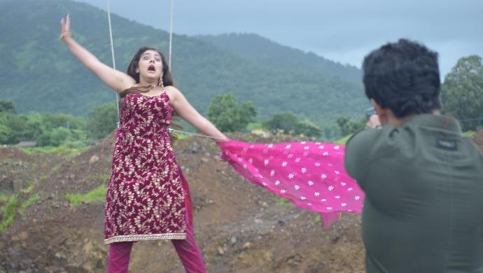 Tujhse Hai Raabta Spoiler: Kalyani Jumps Off A Cliff; What Will Happen To 'KalMa' Now?