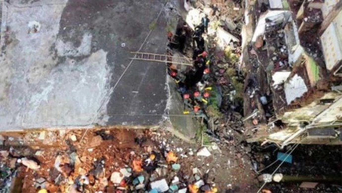 10 Killed, Many Feared Trapped As Building Collapses In Maharashtra's Bhiwandi