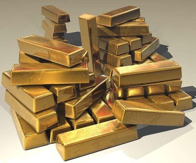 Gold Rate Today: वायदा बाजार में काफी सस्ता हुआ सोना, चांदी की कीमतों में भी भारी गिरावट; जानें क्या चल रहे हैं रेट