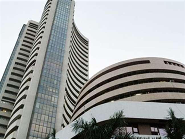 Stock Market: भारी गिरावट पर खुला बाजार, सेंसेक्स 487 अंक टूटा, निफ्टी 11000 के नीचे