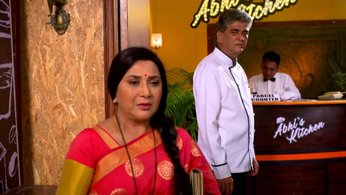 Agga Bai Sasubai 22 September 2020 Written Update: Will Asawari Be Able To Convince Abhijeet To Come Back?