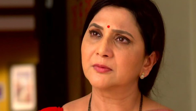 Agga Bai Sasubai 23 September 2020 Spoiler: Asawari Refuses To Accept Money From Abhijeet!