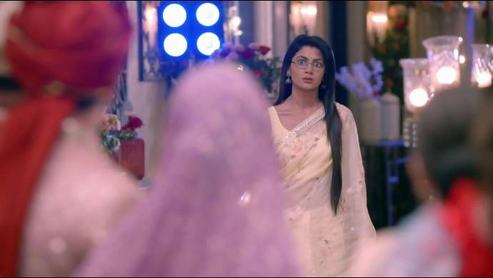 Kumkum Bhagya 22 September 2020 Written Update: Pragya Saves Prachi From Getting Arrested