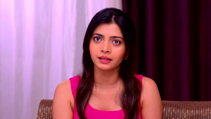 Mazhya Navryachi Bayko 27 September 2020 Spoiler: Maya Vows To Finish Saumitra And Radhika's Game!