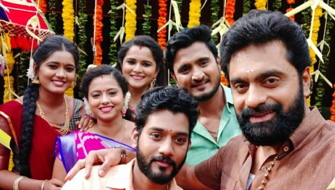 A picture from the sets Rama Sakkani Seetha (Source: ZEE5)