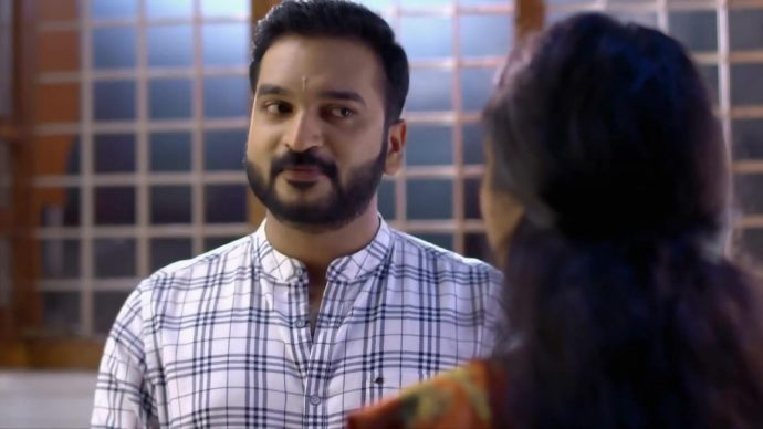 Chembarathi 17 September 2020 Written Update: Will Anand be able to console Kalyani?